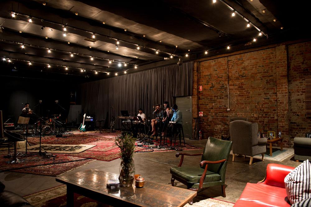 Live Room 1